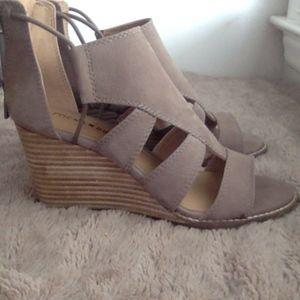 Lucky Brand Joellen wedge sandal